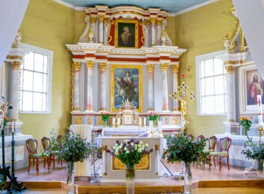 Vėžaičių bažnyčia ir varpinė
